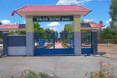 Trường TH Trần Hưng Đạo chào mừng năm học mới.